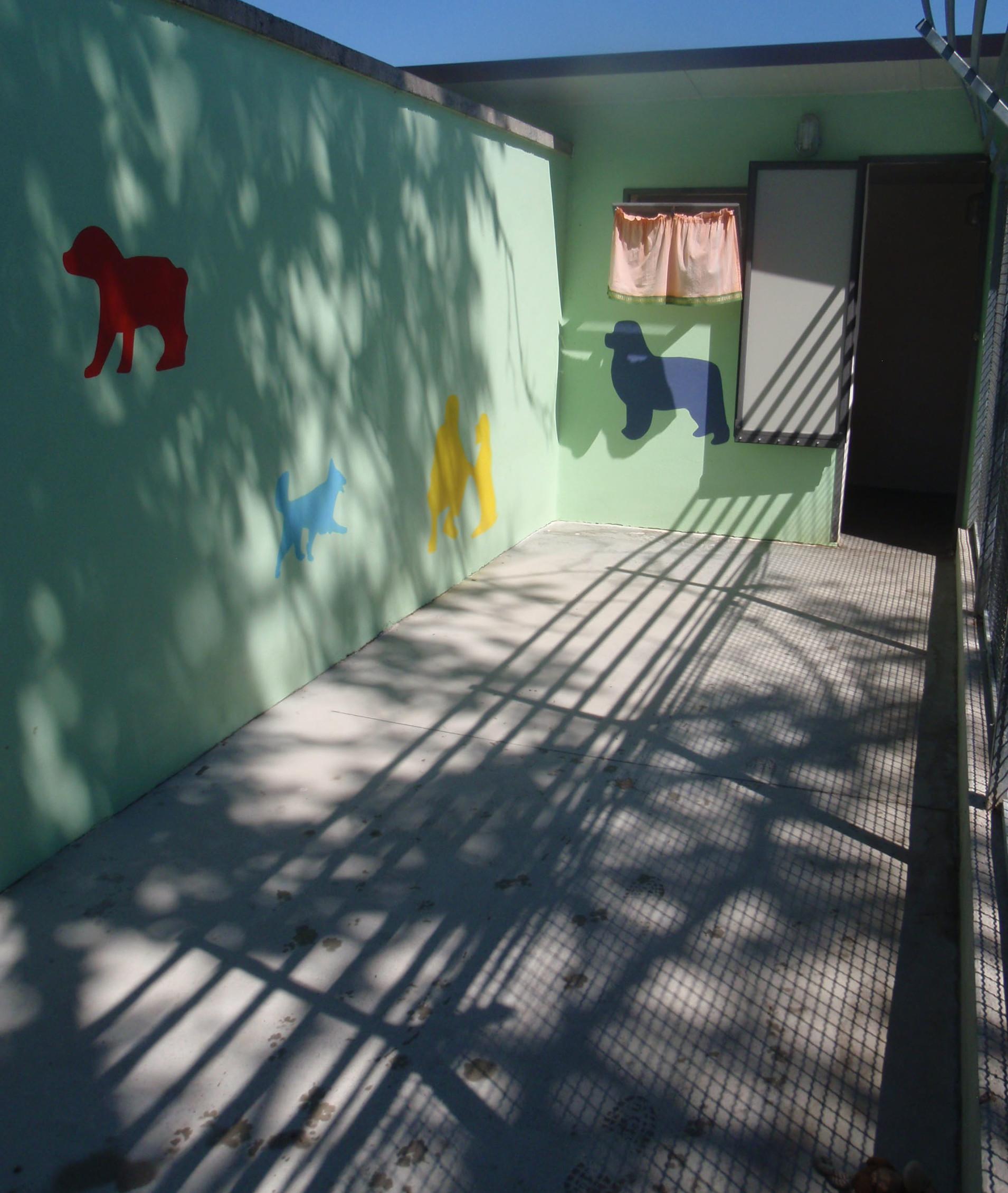 Albergo_Pensione_-cani_Bauhaus_02-e1397809842639